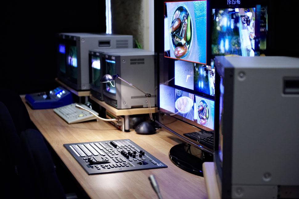 B_0709_TV__Technik_116