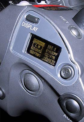 B_0603_Canon_Display_1