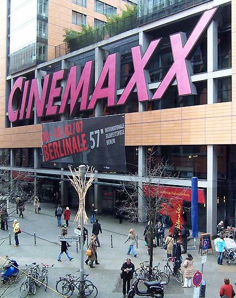 B_03_07_Cinemaxx
