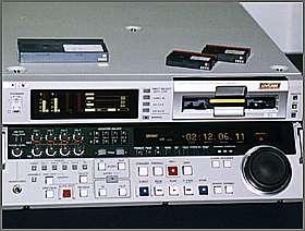 B_NEPD_0899_SonyDSR2000