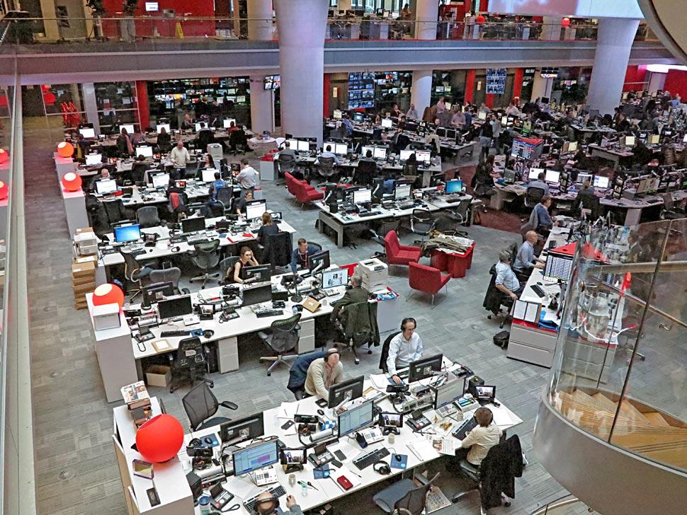 B_0413_BBC_Newsroom_3_NKF