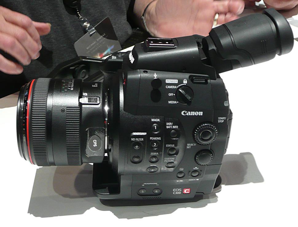 B_1111_Canon_C300_Expo