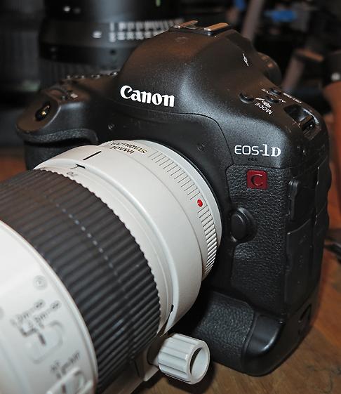 B_DC12_Canon_1D