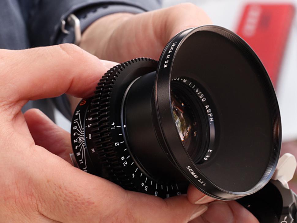 B_NAB18_CW_Sonderoptic_Leica_M_0_8_1
