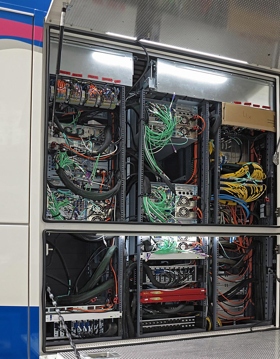 B_0819_TVN_Ue6_Technik_D_01