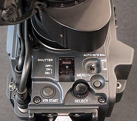 B_0903_Pana_SDX900_Front