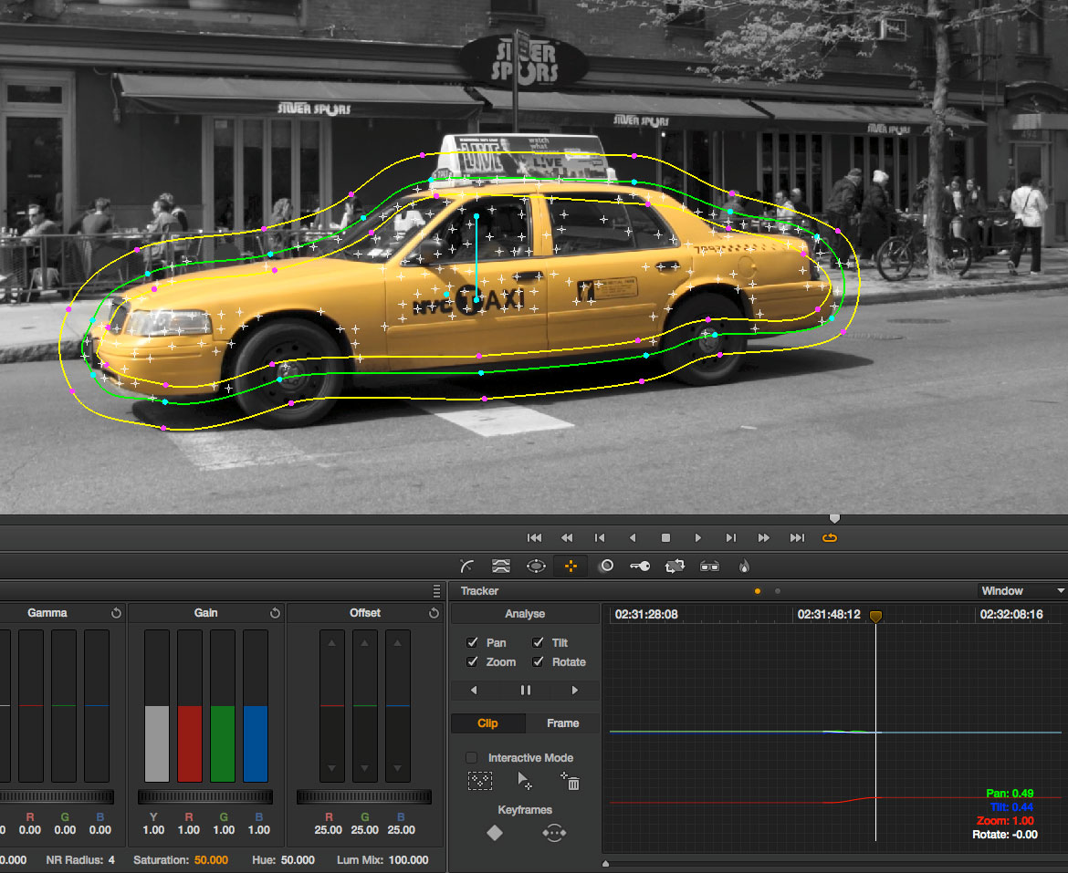 B_1112_Resolve9_17_Color_PW-tracking_taxi02