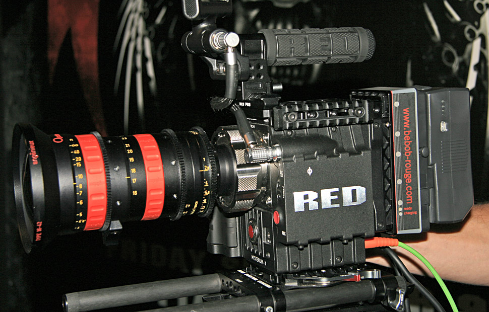 B_IBC11_Red_Epic_PL_Angenie