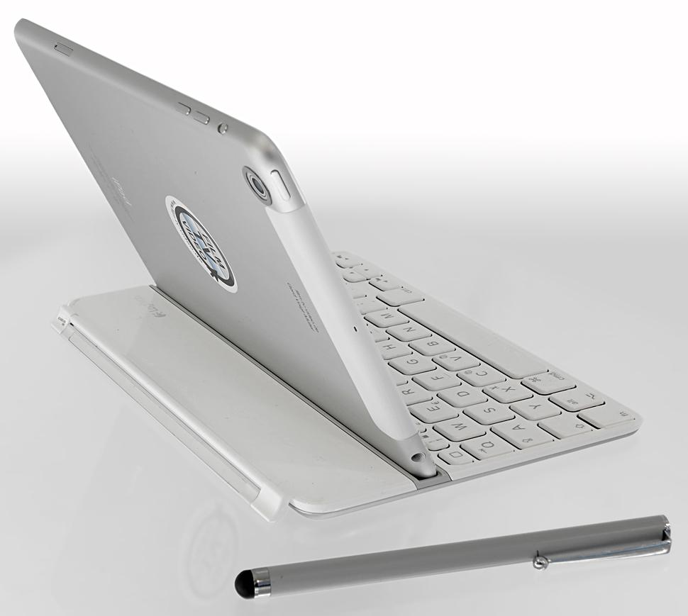 B_0313_iPad_Tastatur_H