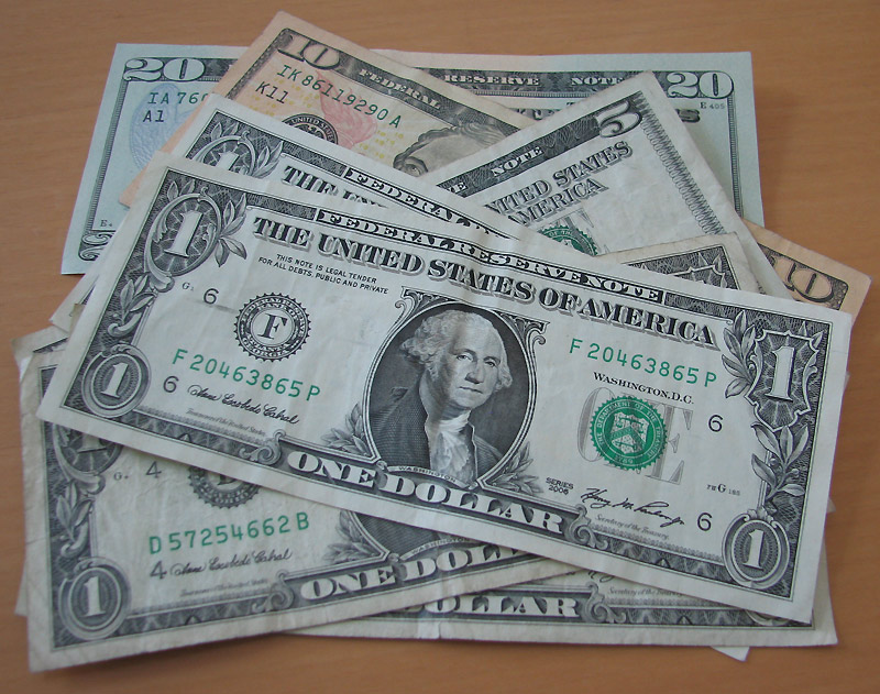 B_0711_Dollars