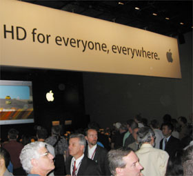 B_NAB04_Apple_Stand