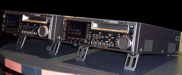 B_NAB06_Sony_F30_F70