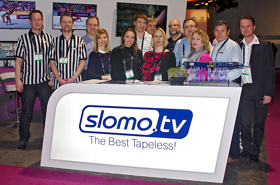 B_NAB15_Slomo_TV_Stand