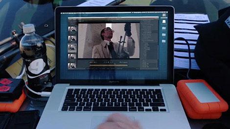 B_0814_RedGiant_BulletProof-Laptop