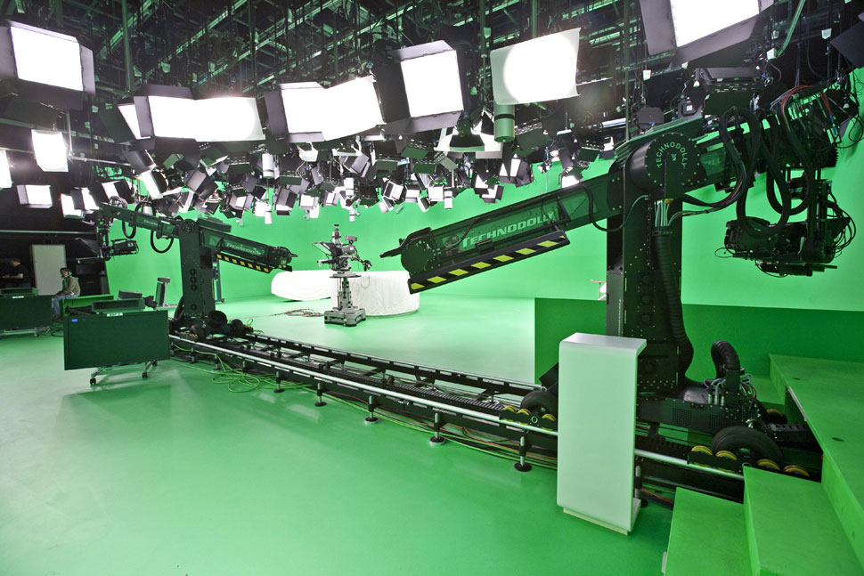 B_0810_RTL_CBC_Studio1