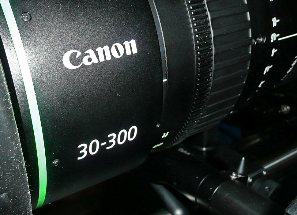 B_NAB11_Canon_FK_30_300_2