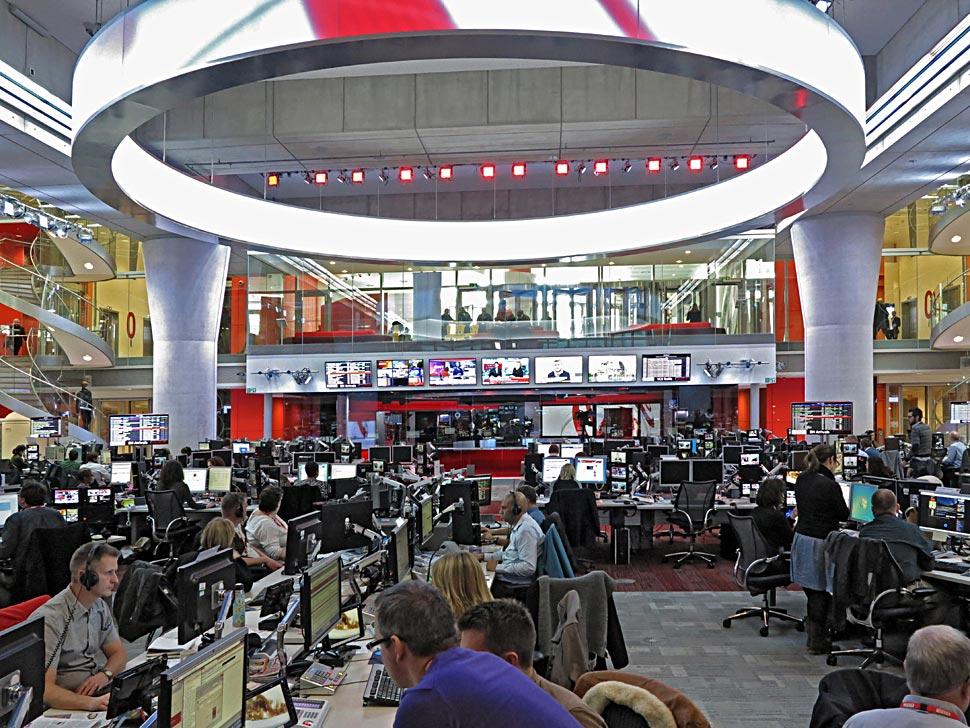 B_0413_BBC_Newsroom_6_NKF