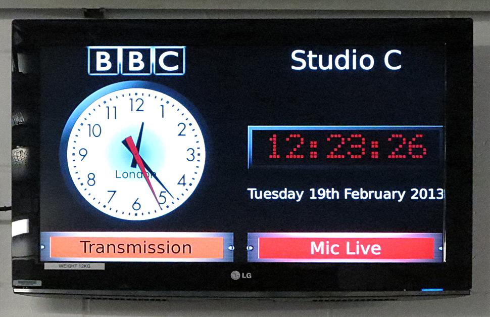 B_0413_BBC_Studio_C_9_Monitor_NKF