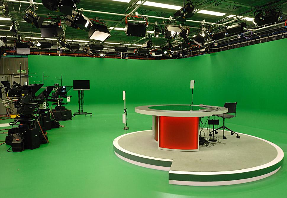 B_0413_BBC_Virtual_Studio_PR