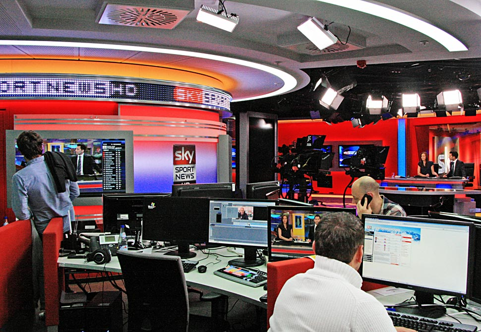 B_0212_Sky_Newsroom_1