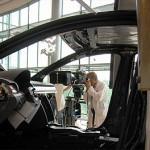 VW produziert in HD für die »Gläserne Manufaktur«