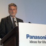 IBC2004: Panasonic-Strategie