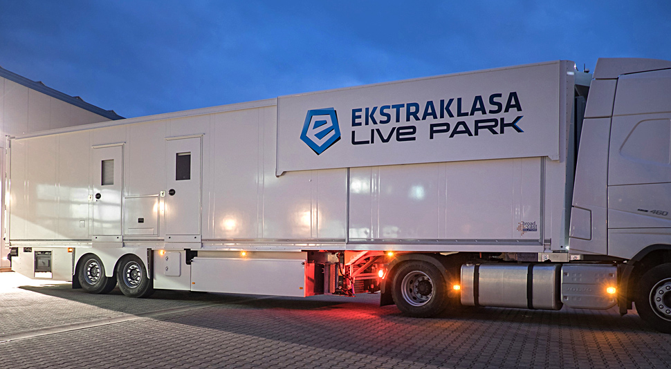 B_0716_BS_Ekstraklasa_aussen