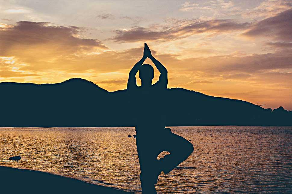 b_0916_yoga_edit