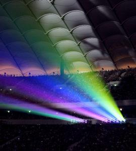 Laserprojektion im Stadion.