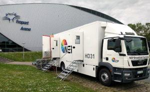 Übertragungswagen HD31 von NEP vor der Fraport Arena