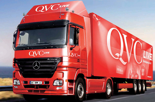 homeshopping anbieter qvc r stet wagen auf film tv. Black Bedroom Furniture Sets. Home Design Ideas