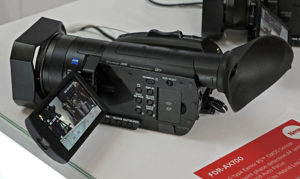 Sony, 4K-Handheld, Camcorder, FDR-AX700