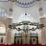 Sharjah: Übertragungen aus der Moschee