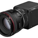 Lichtstarke, kompakte Würfelkamera: Canon ML-105 EF