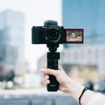 Sony stellt die Systemkamera ZV-E10 für Vlogger vor