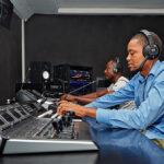 Live-TV in Kamerun mit Blackmagic-Equipment